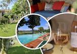 Location vacances Mazan - Domaine de Mas Caron Gîte au pied du Ventoux en Provence-1