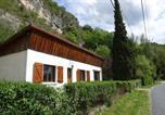 Location vacances  Ain - Maison du Buis doré-1