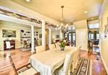 Location vacances Huntsville - Luxe Lakefront Scottsboro Home with Boat Slip and Pool!-4