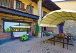 Location vacances Belvedere Langhe - Three-Bedroom Holiday Home in Marsaglia Cn-1
