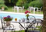Hôtel Aix-les-Bains - Logis Auberge Saint Simond-1