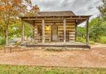 Location vacances Fredericksburg - Town Creek Log Cabin-1