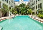Location vacances West Palm Beach - Tropical Elegant Palm Beach 2 Bedroom 2 Bathroom Suite-1