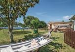 Location vacances Mentana - Three-Bedroom Holiday Home in Sant'Angelo Romano-2