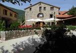 Location vacances la Vall de Bianya - Hostal Els Roures-1
