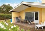 Location vacances Rødby - Secluded Holiday Home in Rødby with Terrace-4