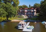 Location vacances Minneapolis - Waterfront Long Lake Home: All Seasons Destination-1