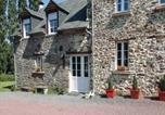 Location vacances Gourfaleur - Holiday home Pont Hebert J-808-1