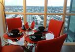 Location vacances Grimsby - Premium Suites - Furnished Apartments-1