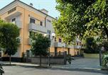 Location vacances San Bartolomeo al Mare - Appartamenti Palmaria-1