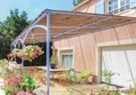 Location vacances  Bouches-du-Rhône - Two-Bedroom Holiday Home in Lancon de Provence-3