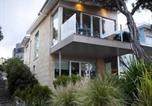 Location vacances Warrnambool - Battery Cove Beach Front Apartment-1