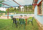 Location vacances  Province du Medio Campidano - Two-Bedroom Holiday Home in Villacidro Vs-2