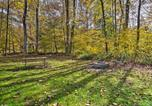 Location vacances Bridgeport - Hooah Cabin Retreat with Grill and Step Free!-3