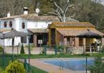 Location vacances Santa Coloma de Farners - Comfortable Cottage in Riudarenes with Swimming Pool-1