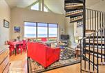 Location vacances Florence - Oceanfront Cottage w/ Secluded Beach Access!-1
