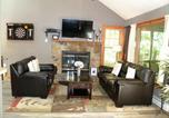 Location vacances Lake Harmony - Poconos Getaway Home by Camelback-4