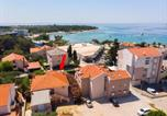 Location vacances Novalja - Apartment and Rooms Amenka-1