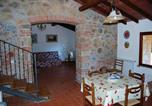 Location vacances  Province de Grosseto - Apartment with 2 bedrooms in Massa Marittima with shared pool and Wifi-4