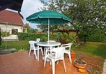 Location vacances Balatonkeresztúr - Holiday Home Pergola-3
