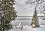 Location vacances Saint-Ignace - Charming 3-Season Lakefront Retreat w/ Dock-4