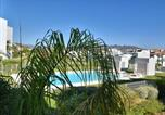 Location vacances  Malaga - Modern and bright apartment with a view from La Cala Resort to the sea-2