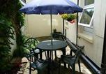 Location vacances Bournemouth - Sandy Bay Guest House-1