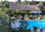 Hôtel Nans-les-Pins - Chambre d'Hôtes - Villa La Licorne-1
