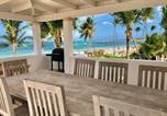 Location vacances  République dominicaine - Ocean Front Condo - playa Bavaro 8 Guests Bbq Wifi-1