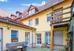 Location vacances Bad Sulza - Elegant Apartment in Naumburg with Terrace-1