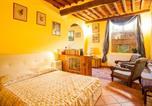 Location vacances  Province de Lucques - Wanda's apartment-4