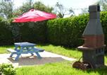 Location vacances Angoville-au-Plain - Property with one bedroom in Sainte Marie du Mont with enclosed garden and Wifi 100 m from the beach-2