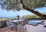 Location vacances Linguaglossa - Lovely Villa in Piedimonte Etneo with Private Swimming Pool-1