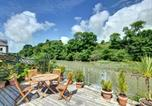 Location vacances Padstow - Plush Holiday Home overlooking Petherick Creek in Cornwall-1