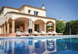 Location vacances Sant Pere Pescador - Six-Bedroom Holiday home Sant Pere Pescador with an Outdoor Swimming Pool 06-3