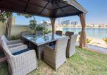 Location vacances Dubaï - Prestigious 6br Villa in Frond O Palm Jumeirah by Deluxe Holiday Home-4
