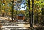 Location vacances Eureka Springs - Eureka Yurts and Cabins-1