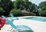 Location vacances  Deux-Sèvres - Holiday home Rue de la Regle N-780-4