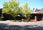 Villages vacances Alpine Meadows - Lake of the Springs Camping Resort Cabin 5-3