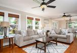 Location vacances Lantana - New Listing! Garden Getaway with Backyard Pool Oasis home-2