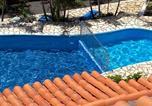 Hôtel Santa Cruz De La Palma - Apartamentos colon y bungalows-2
