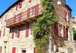 Location vacances Saint-Georges-de-Luzençon - Chez Célestine - Gîte dans village médiéval-1