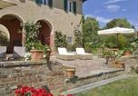 Location vacances Palaia - Colleoli Villa Sleeps 12 Air Con Wifi-2