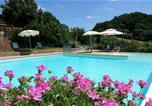 Location vacances San Giovanni d'Asso - San Giovanni d'Asso Apartment Sleeps 6 Pool T239460-1