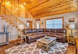 Location vacances Crossville - Cozy Cabin Retreat with Deck By Golf and Bass Fishing!-4