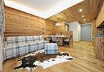 Location vacances Giustino - Lux Apartment Pinzolo Top Class 1-4