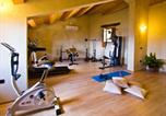 Location vacances  Province de Pesaro et Urbino - Sun-kissed Holiday Home in Acqualagna with Swimming Pool-4