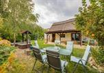 Location vacances Velence - Lovely Cottage Home-1