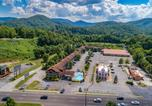 Hôtel Pigeon Forge - Evergreen Smoky Mountain Lodge & Convention Center-3