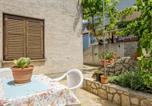 Location vacances Mali Lošinj - Beautiful apartment in Mali Losinj w/ Wifi and 1 Bedrooms-1